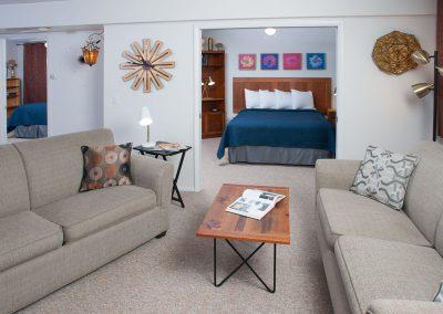 Baileys Harbor Schoolhouse Inn Northern Lights Suite