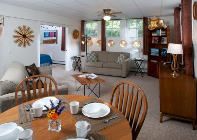 Baileys Harbor Schoolhouse Inn Northern Lights Suite