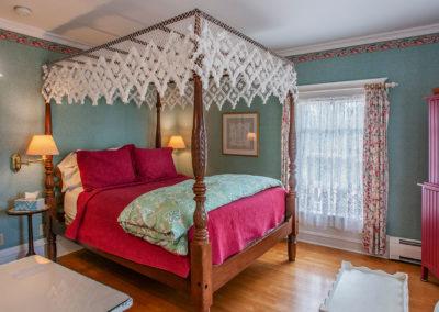 White Lace Inn, room-01, Sturgeon Bay, WI