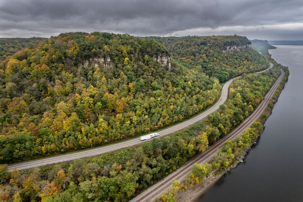 Great River Road photo